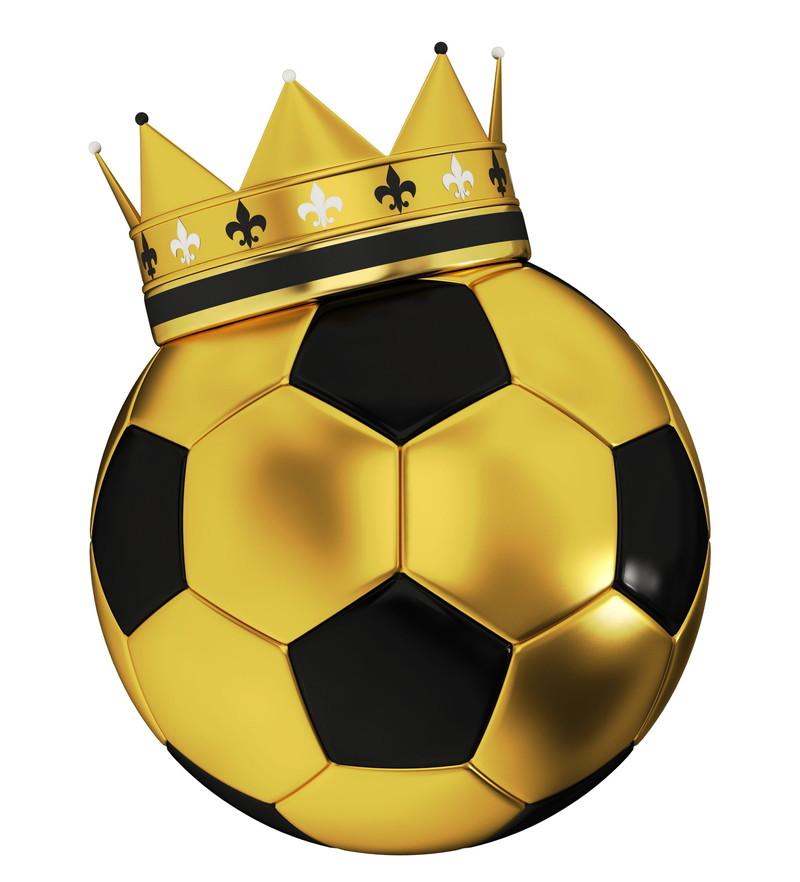 金のサッカーボール